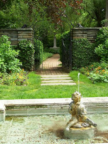 Lower_garden